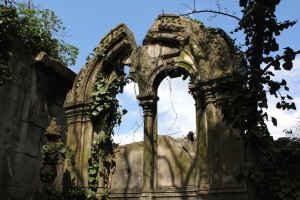 Like Atlantis without the water - Jewish cemetery, Budapest