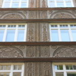 A facade inspired by Hungarian embroidery