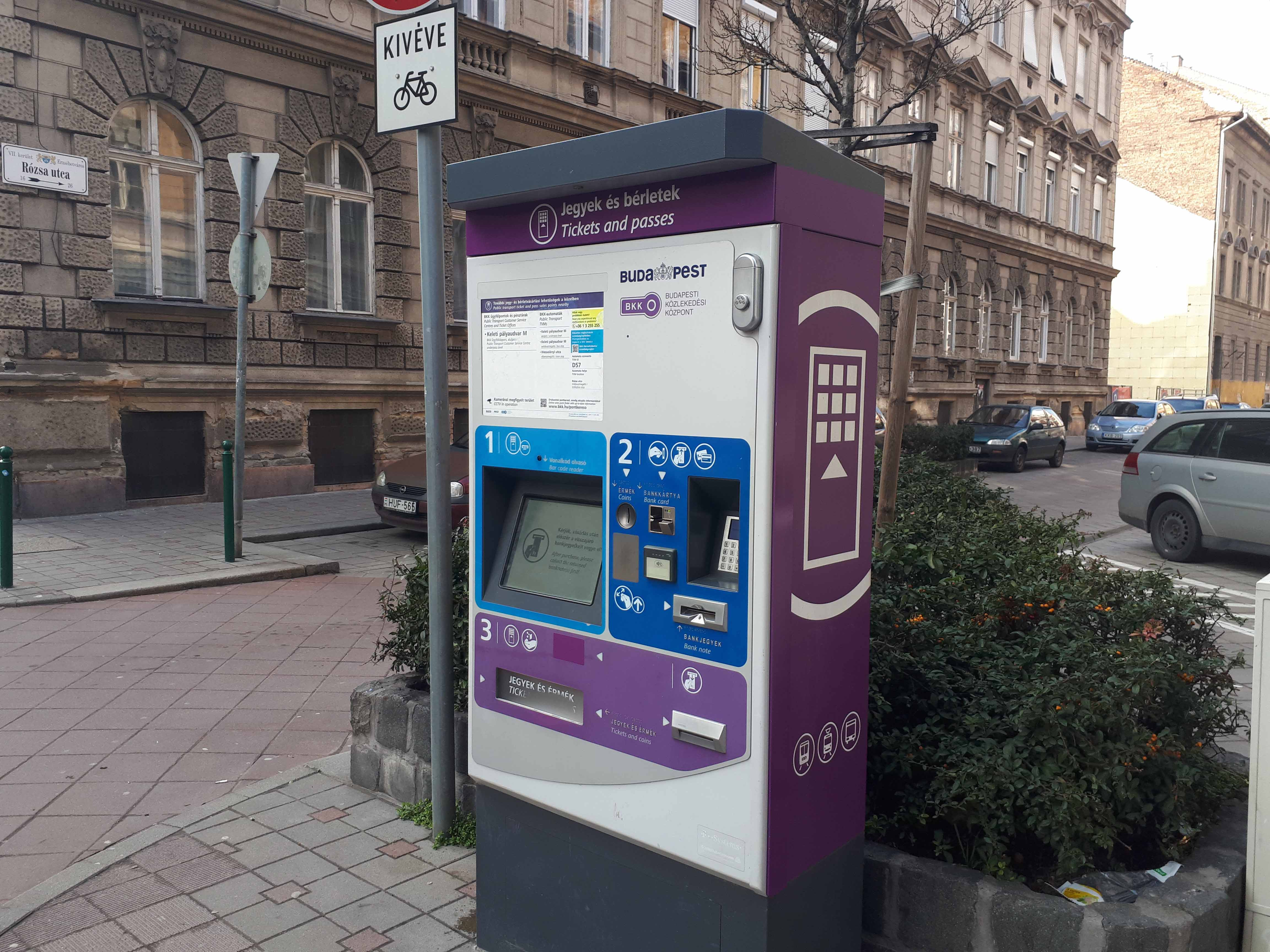BKK ticket vending machine - your key to the public transportation in Budapest