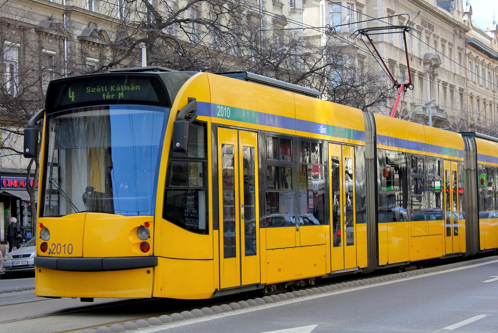 Public transportation in Budapest runs even at night