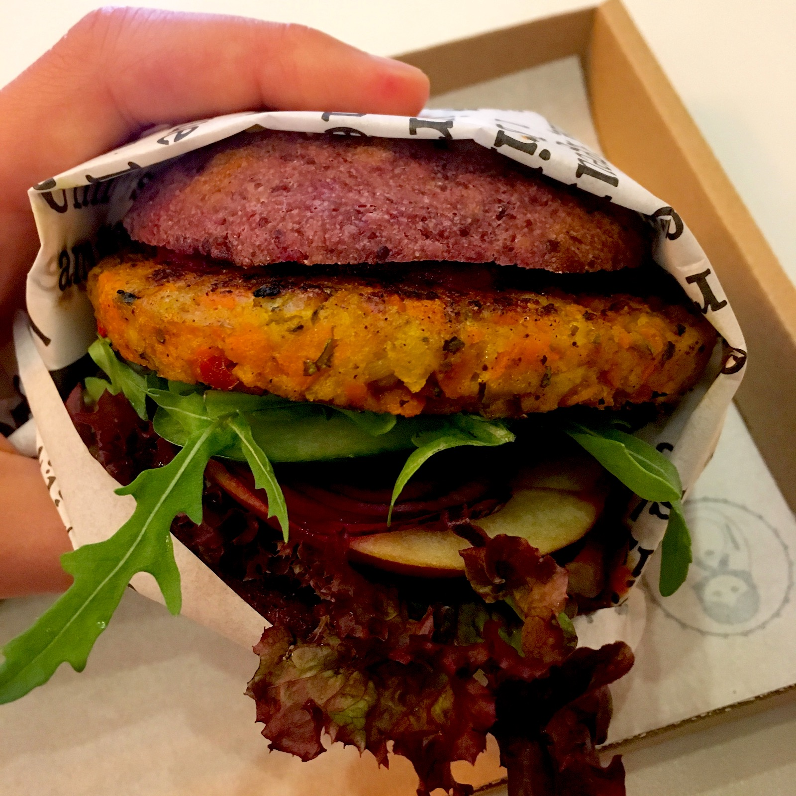 Matrjoska Kroshka - The best vegan burgers in Budapest
